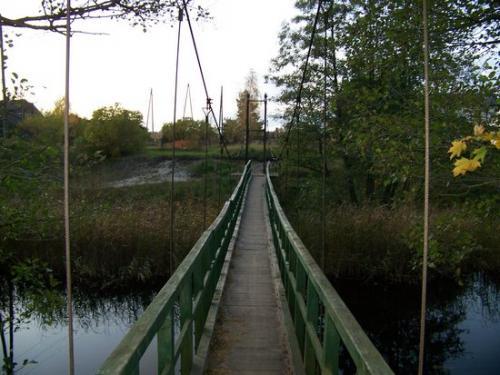 Kanalbruecke (100_0978.JPG) wird geladen. Eindrucksvolle Fotos aus Lettland erwarten Sie.