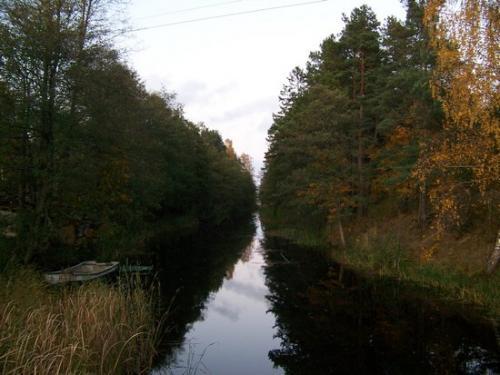 Kanalbruecke (100_0979.JPG) wird geladen. Eindrucksvolle Fotos aus Lettland erwarten Sie.
