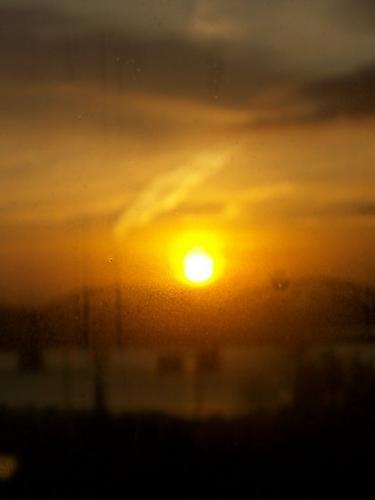 Sonnenaufgang (100_1023.JPG) wird geladen. Eindrucksvolle Fotos aus Lettland erwarten Sie.