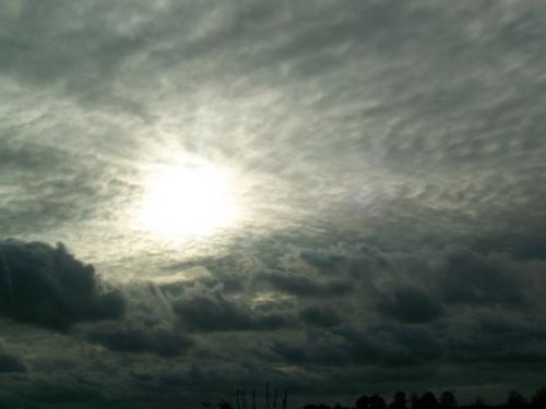 Wolken (100_0079.JPG) wird geladen. Eindrucksvolle Fotos aus Lettland erwarten Sie.